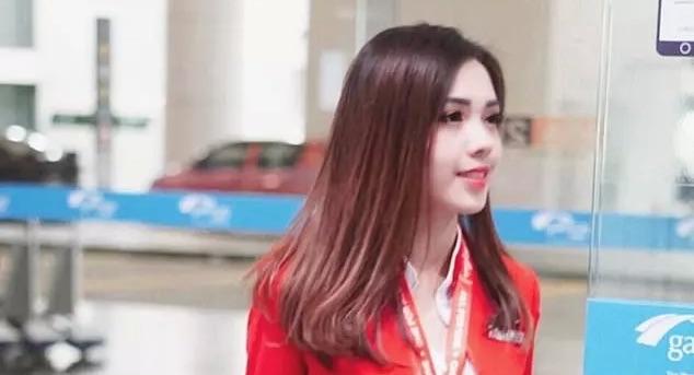 【画像】盗撮された中華系CAのMabel Gooが「もっとも美しいCA」と呼ばれファン急増